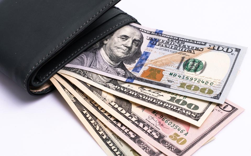 Dólar reporta baja esta semana