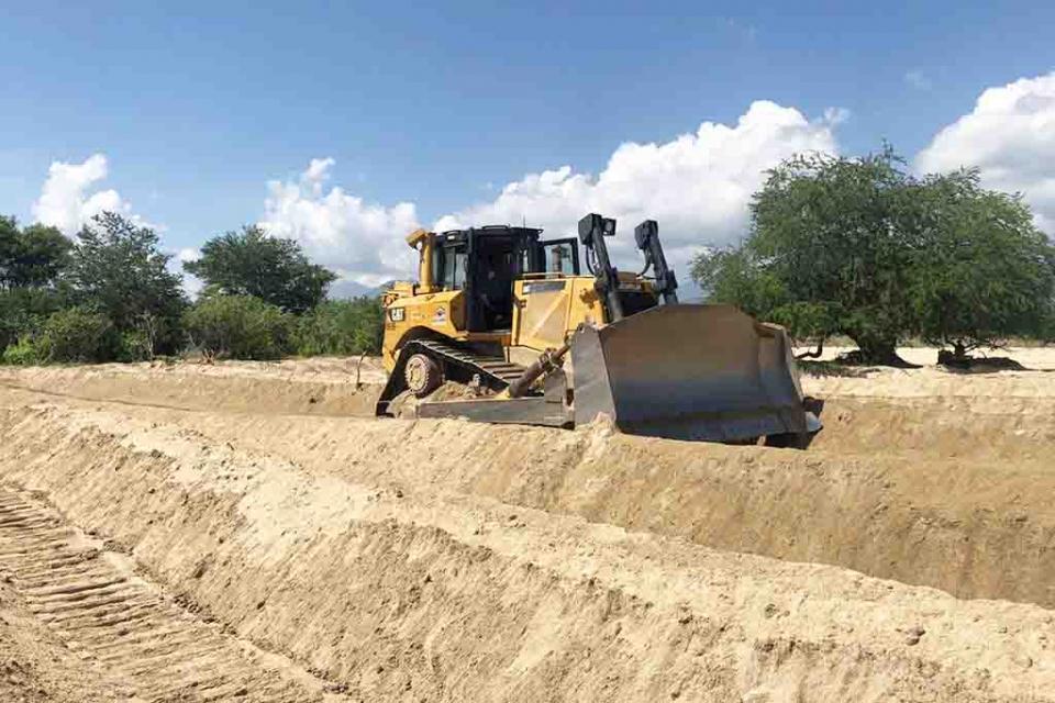 Refuerzan cauces de arroyo en Los Cabos