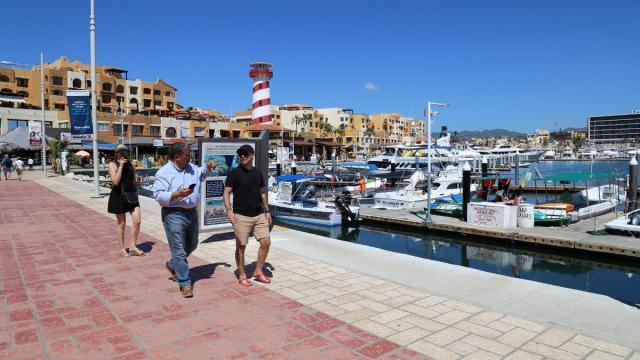 Prevén repunte de Covid-19 en Baja California Sur por vacaciones