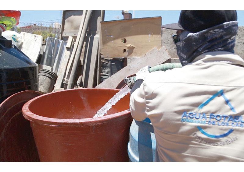 """""""Reparto de Agua en Pipas""""  a más de 106 mil familias"""