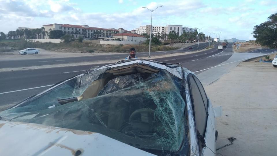 Auto destruido