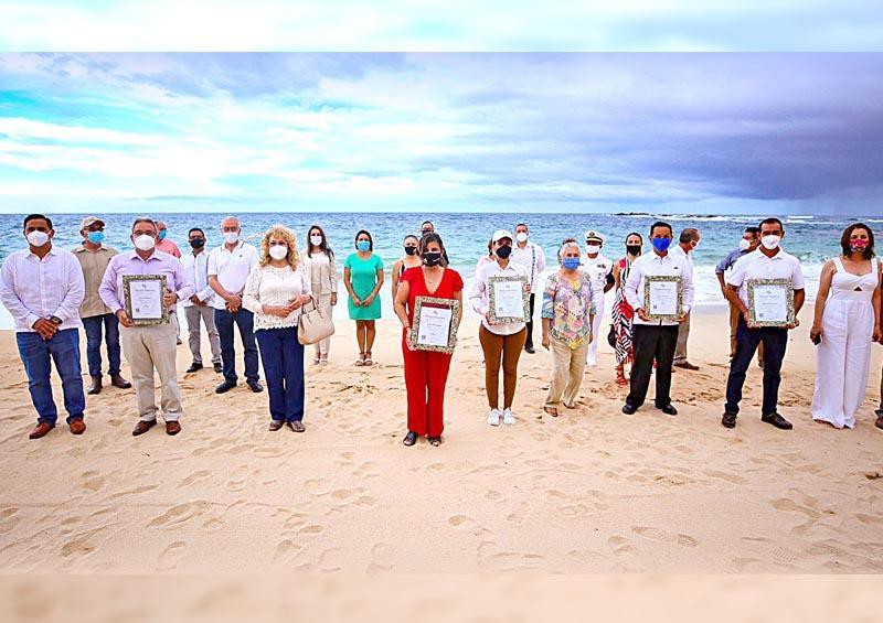 """Certificación de """"Playa Limpia y Sustentable"""" a 5 playas cabeñas"""