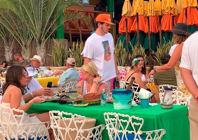 Servicio restaurantero al tope en Los Cabos por el Thanksgiving