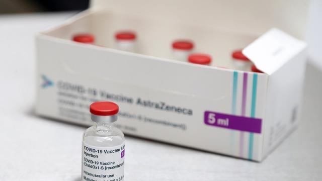 Vacuna contra el covid-19 de AstraZeneca/Oxford, utilizada en Reino Unido