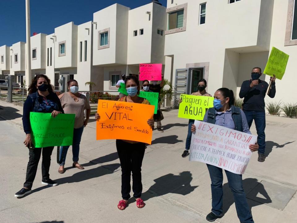 Manifestación por parte de vecinos de Altezza en CSL