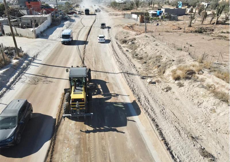Rehabilitan más de 32 mil km de vialidades de terracería