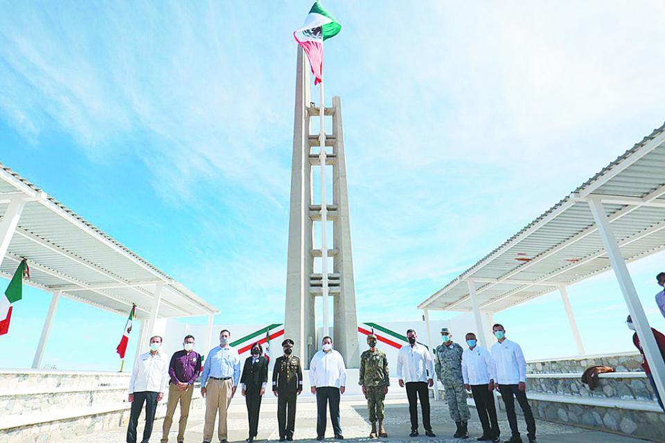 Conmemoran Día de la Bandera Nacional