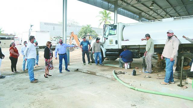 Visita Lorena Cortés Torralbo instalaciones de Servicios Públicos