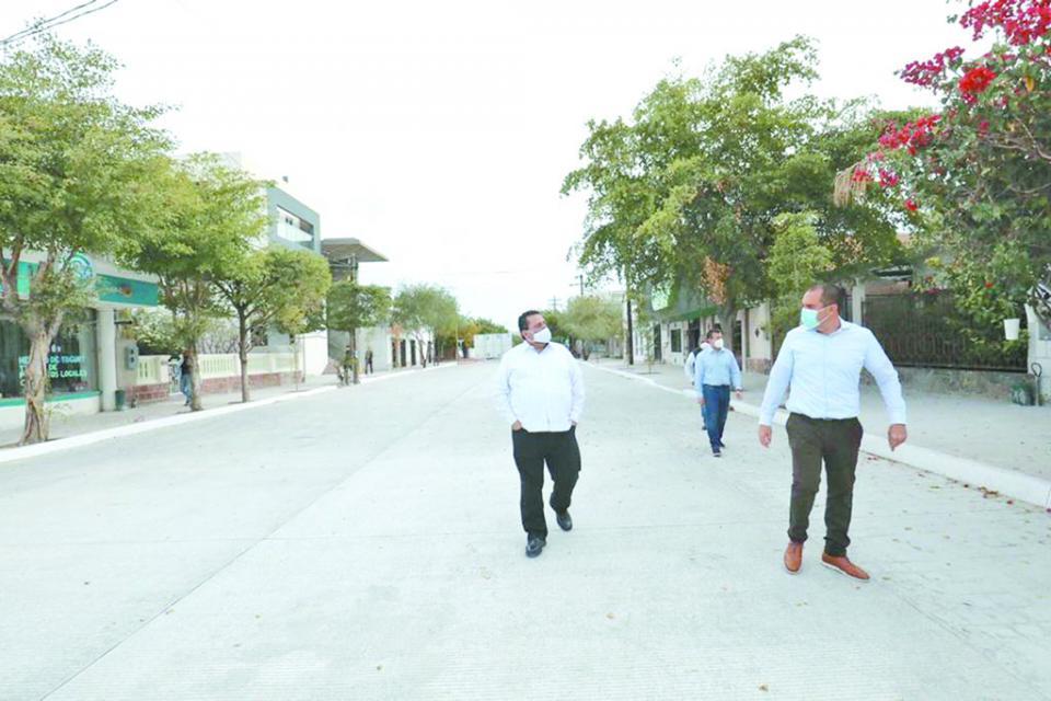 Continúa embellecimiento del Centro Histórico de La Paz