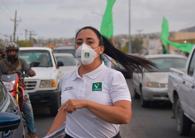 """Jacqueline Liceaga y la """"Ola Verde"""", llegan a cada rincón del Distrito I de BCS"""