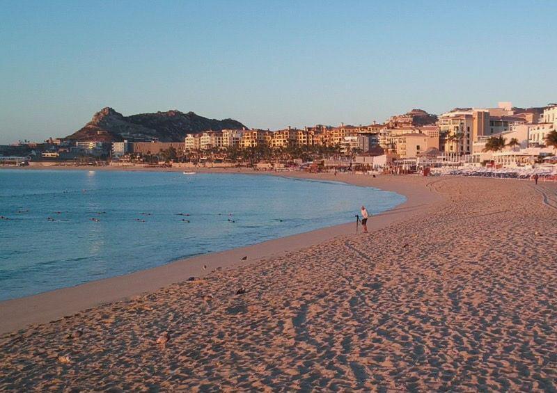 Permanentes los filtros de higiene en playa El Médano