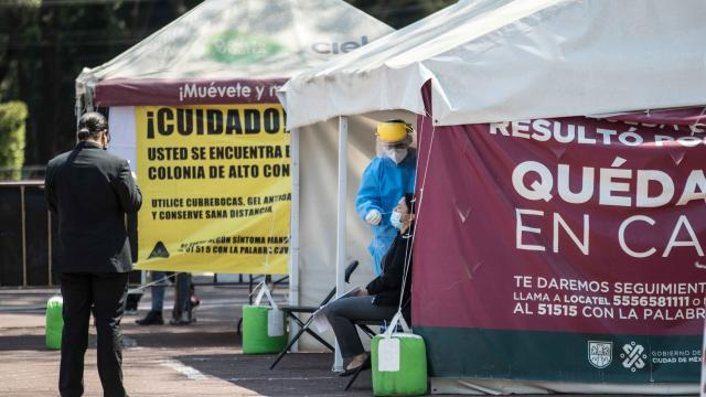 Se acumulan 207 mil 20 muertes por Covid-19 en México