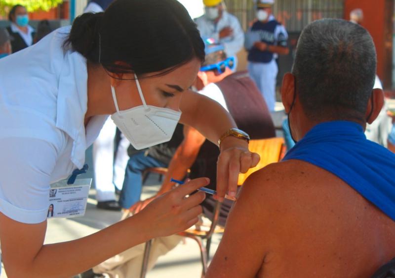 Los Cabos inicia 2da jornada de vacunación para adultos mayores