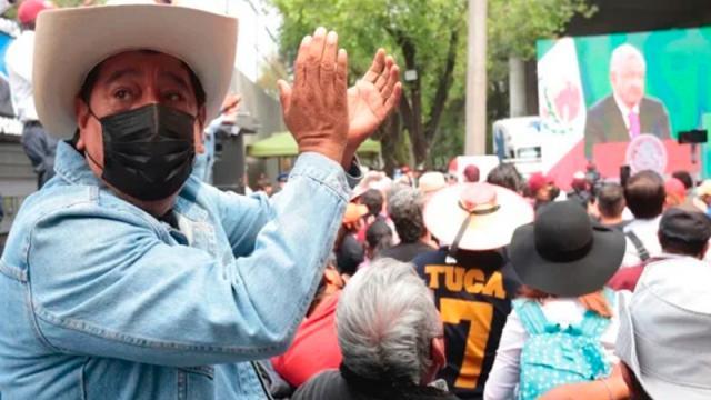 Félix Salgado y Mario Delgado devuelven al INE 20 mil pesos