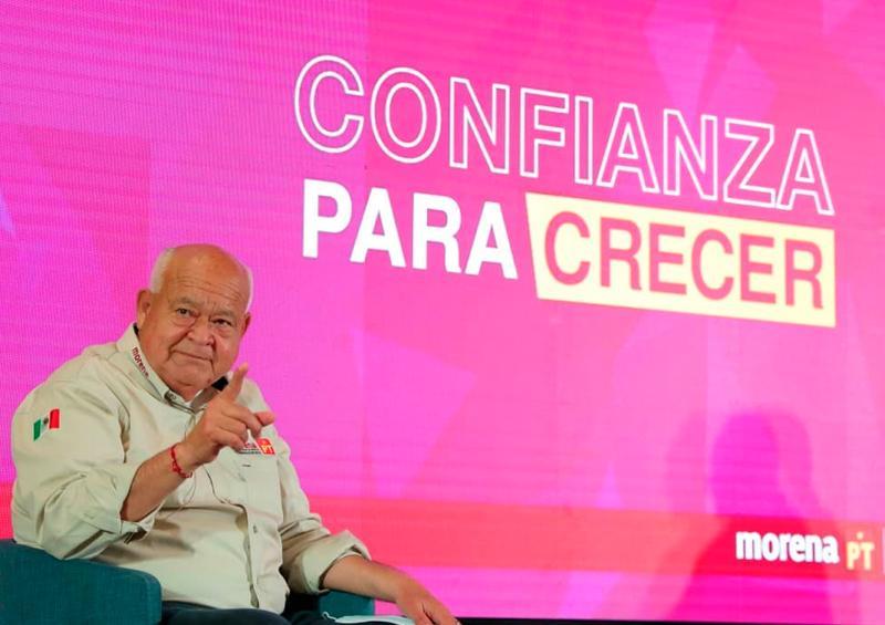 Víctor Castro va por la reducción del IVA