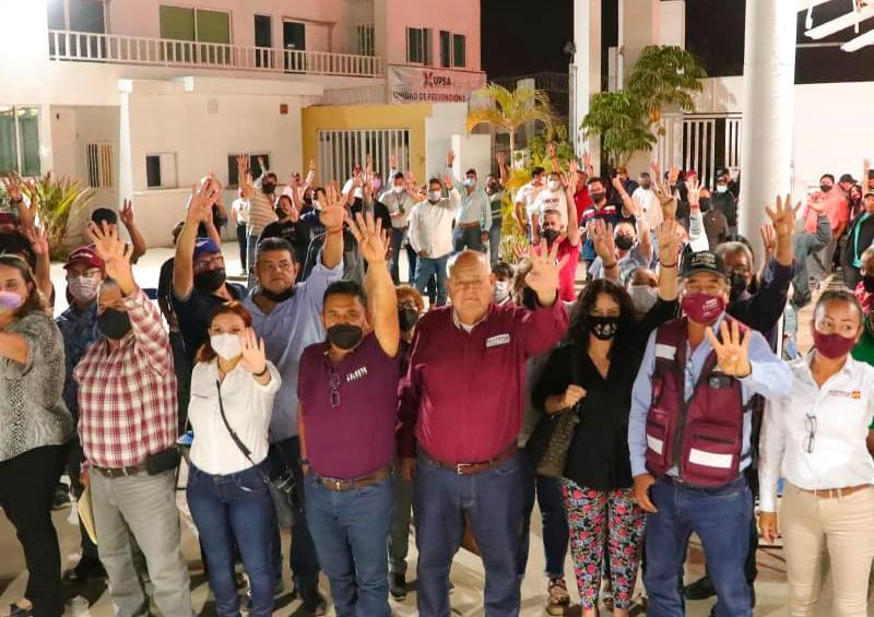 Gobierno estatal de Morena respetará derecho de burócratas: Víctor Castro