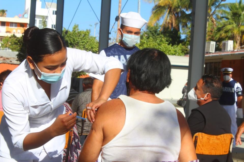 Segunda jornada de vacunación en Los Cabos