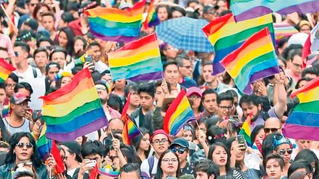 Analizan que marcha del orgullo LGBTTTI vuelva a las calles