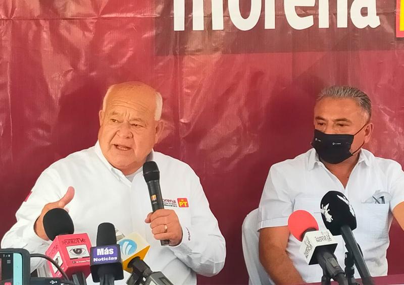 Benjamín de la Rosa se suma a Víctor Castro
