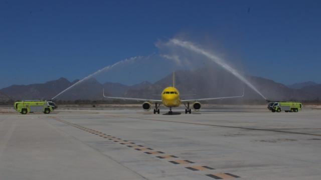 Nuevo vuelo llega al aeropuerto de Los Cabos