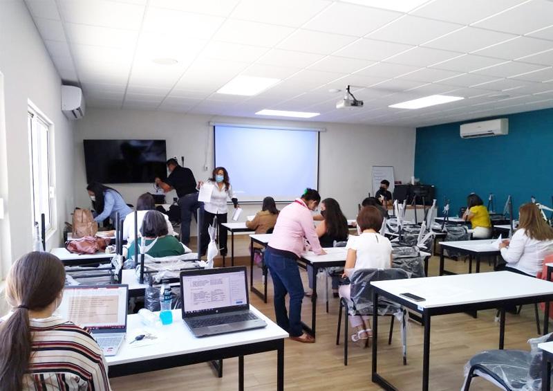 Capacitan y certifican a servidores públicos de  Los Cabos