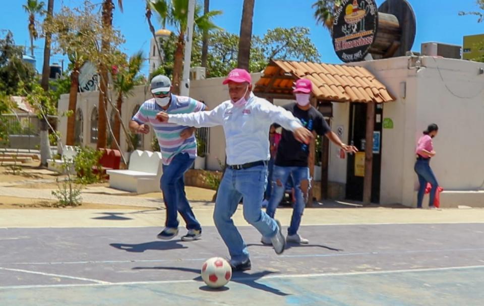 Dotará Dr. Ibarra espacios deportivos a jóvenes