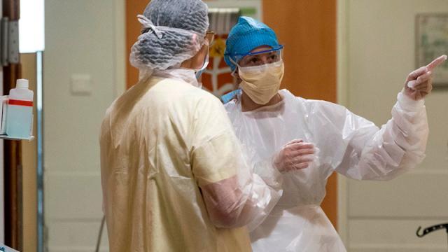Enfermeras combatiendo el Covid-19