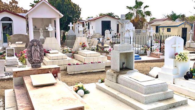Panteones de Los Cabos permanecerán cerrados al público