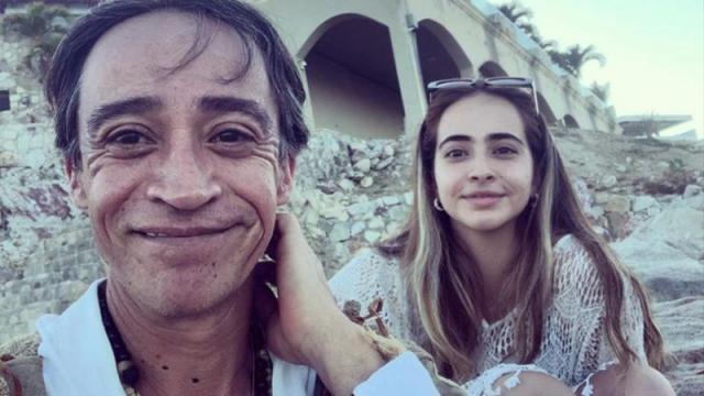 Actor mexicano de visita en playas de Los Cabos