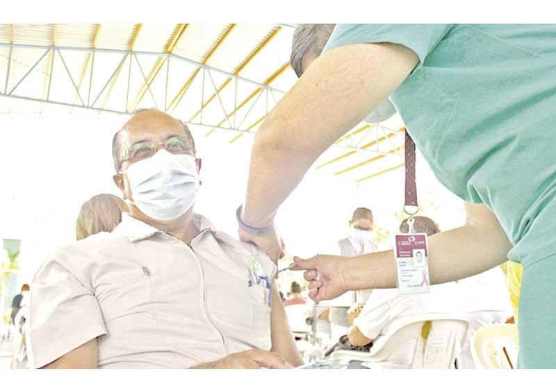 Debe población confiar en las vacunas contra Covid