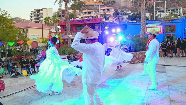 """Conmemoran en Los Cabos """"Día Internacional de la Danza"""""""