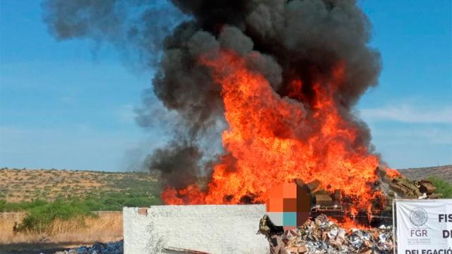 FGR incinera arriba de 7 toneladas de droga y objetos del delito
