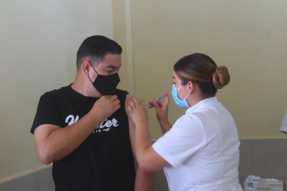 Jornada de vacunación de 40 y más concluirá esta semana
