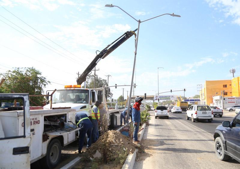Rehabilitadas más de 15 mil  800 luminarias en Los Cabos