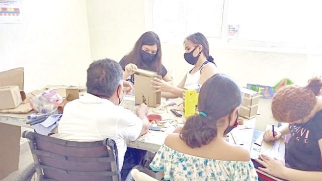 Continúan impartiendo talleres a través de PAMAR