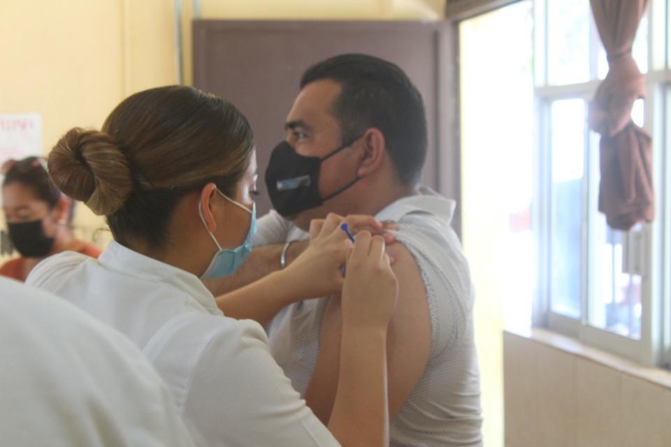 Vacunación contra Covid-19 para adultos mayores
