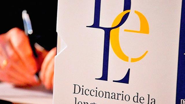 "RAE insiste que ""e"", del lenguaje inclusivo, es innecesaria"