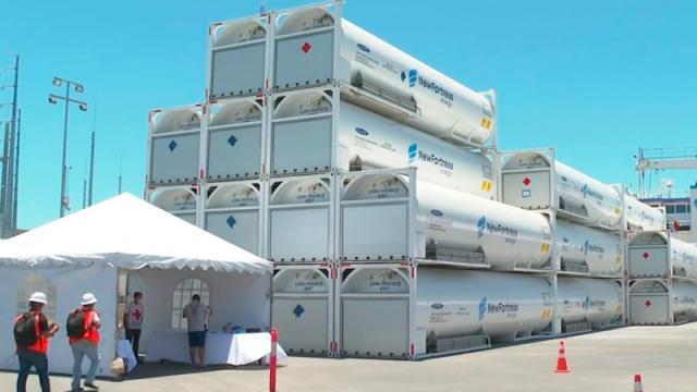 Empresarios ven con optimismo nueva planta de gas natural