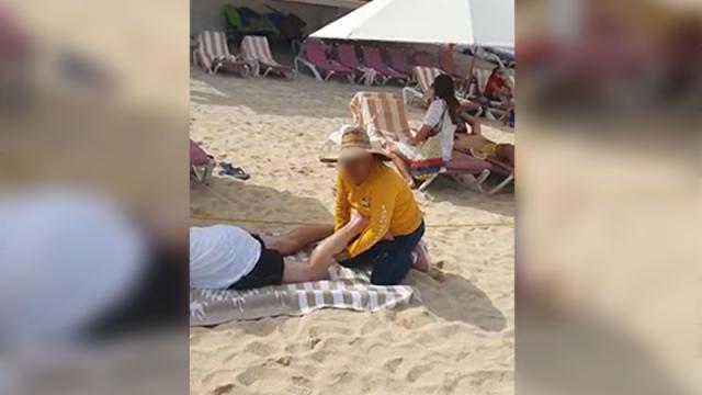 Masajista ambulante responde con groserías cuando le piden usar cubrebocas
