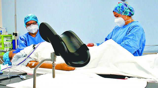 Brinda CEO atención a pacientes de los 5 municipios